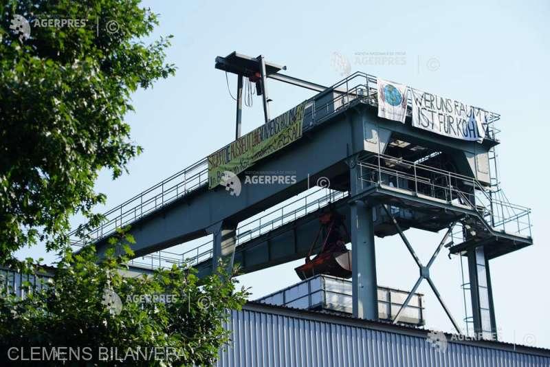 Activişti de mediu au ocupat centrale electrice la Berlin şi Mannheim (8 august 2020) - foto preluat de pe www.agerpres.ro