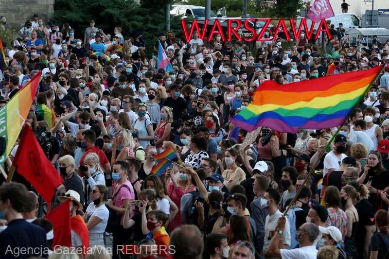 Polonia: Manifestaţii de susţinere după arestarea unei activiste LGBT (8 august 2020) - foto preluat de pe www.agerpres.ro