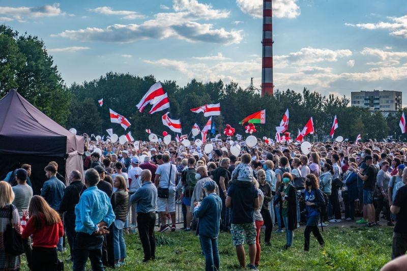Mitingul în sprijinul Tihanovskaiei de la Minsk (30 iulie 2020) - foto preluat de pe ro.wikipedia.org