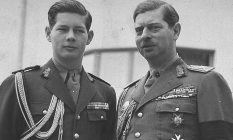 Regele Carol al II-lea si fiului său Mihai - foto preluat de pe www.cotidianul.ro