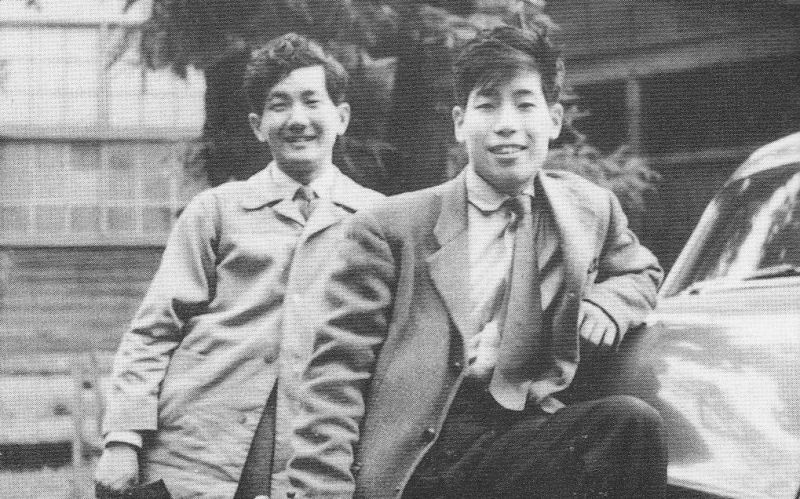 Hiroyuki Iwaki (6 September 1932 – 13 June 2006) was a Japanese conductor and percussionist -  Iwaki (left) preluat de pe en.wikipedia.org