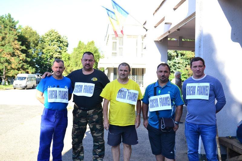 Protest la termocentrala Mintia, cinci angajaţi au intrat în greva foamei (10 septembrie 2020) - foto preluat de pe sindicatulsolidaritateahunedoara.ro