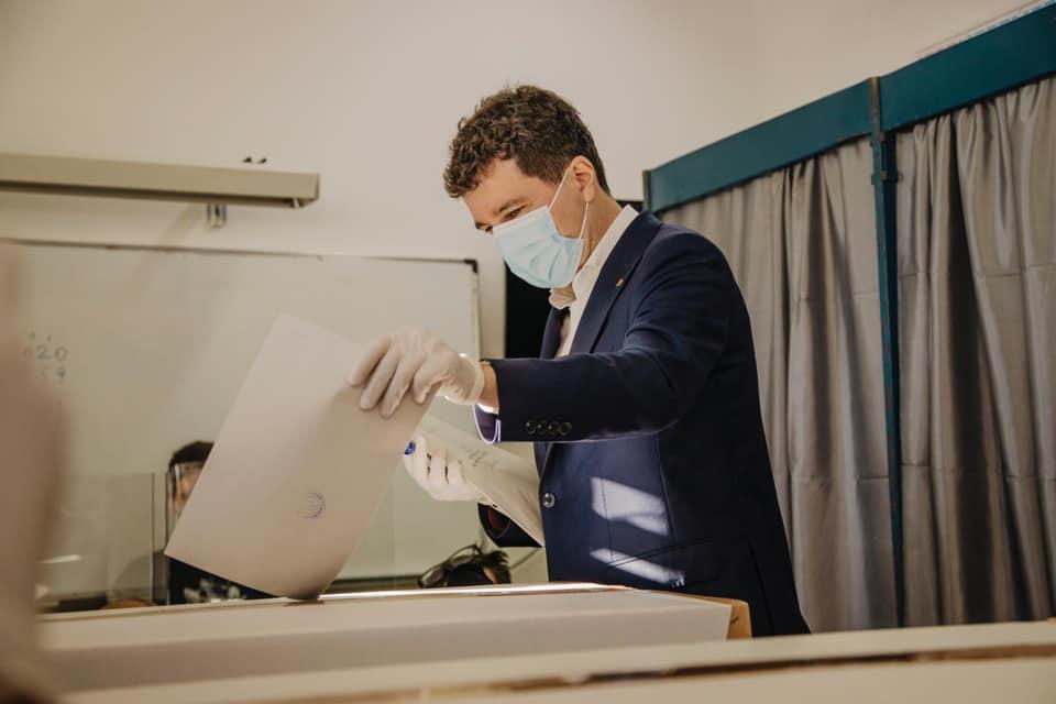 Nicușor Dan (Alegeri Locale 27 septembrie 2020) - foto preluat de pe www.facebook.com/NicusorDan.ro