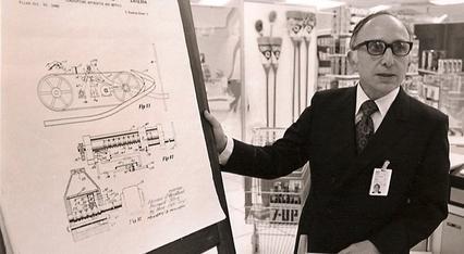 Norman Joseph Woodland (n. 6 septembrie 1921 – d. 9 decembrie 2012) a inventat (la 7 octombrie 1952, împreună cu Bernard Silver) codul de bare, o soluție care a revoluţionat distribuţia bunurilor de larg consum - foto preluat de pe en.wikipedia.org