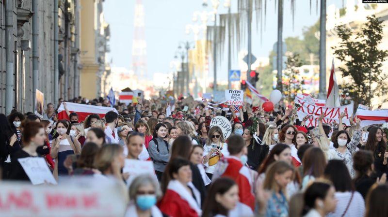 Circa 10.000 de femei au participat la un miting în Minsk, 5 septembrie - foto preluat de pe romania.europalibera.org