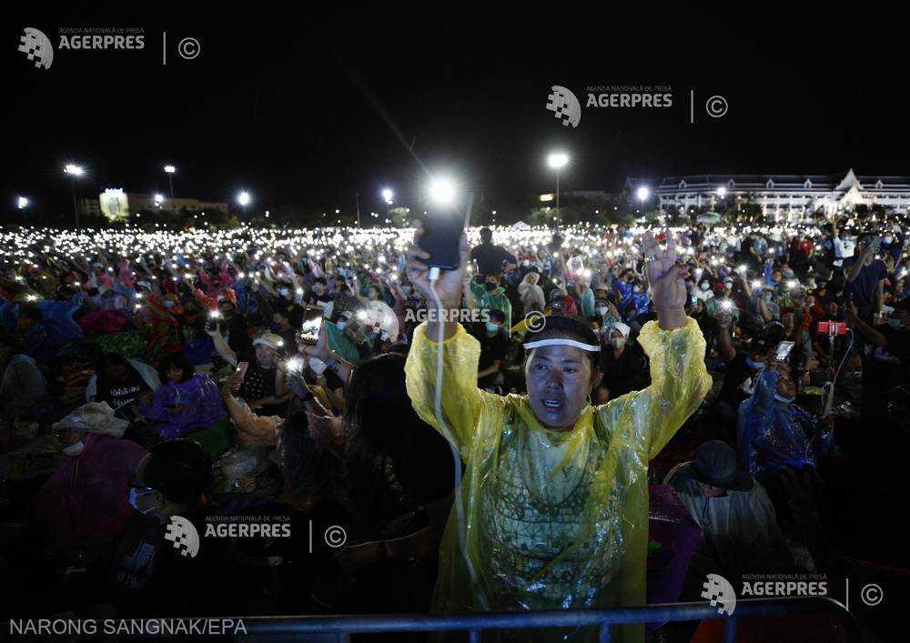Thailanda: Cea mai mare manifestaţie din ultimii ani împotriva guvernului (19 septembrie 2020) - foto preluat de pe www.agerpres.ro