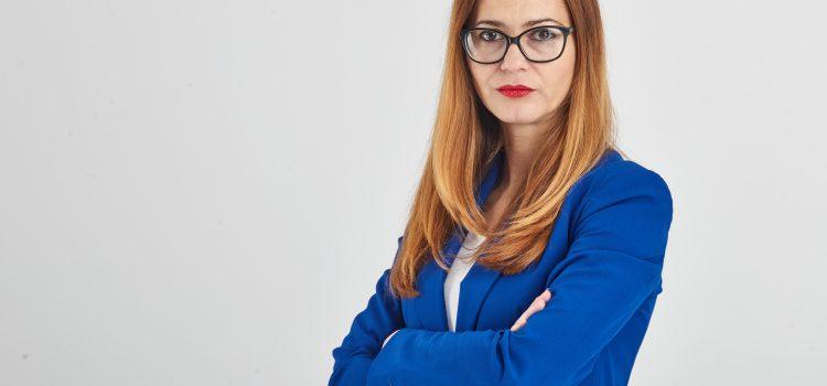 Florina Presadă - Senator USR - foto preluat de pe www.usr.ro