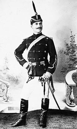David Praporgescu (n. 13 decembrie 1866, Turnu-Măgurele - d. 30 septembrie/13 octombrie 1916, Munții Coți) a fost unul dintre generalii Armatei României din Primul Război Mondial - foto preluat de pe www.bunicutavirtuala.com