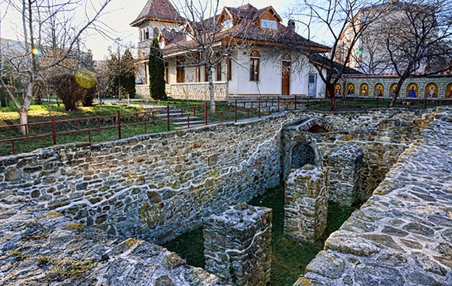 Curtea Domnească din Bacău - foto preluat de pe www.bunicutavirtuala.com